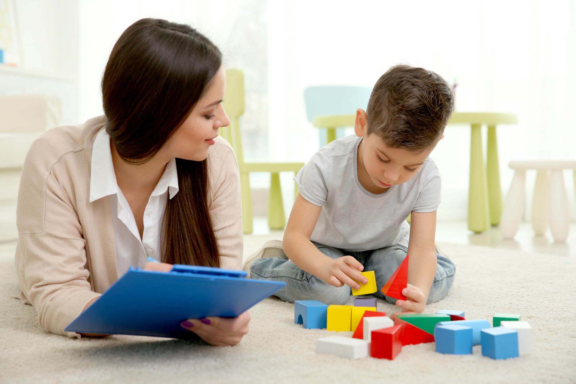 W jakich przypadkach psychiatra dziecięcy może pomóc naszemu dziecku?